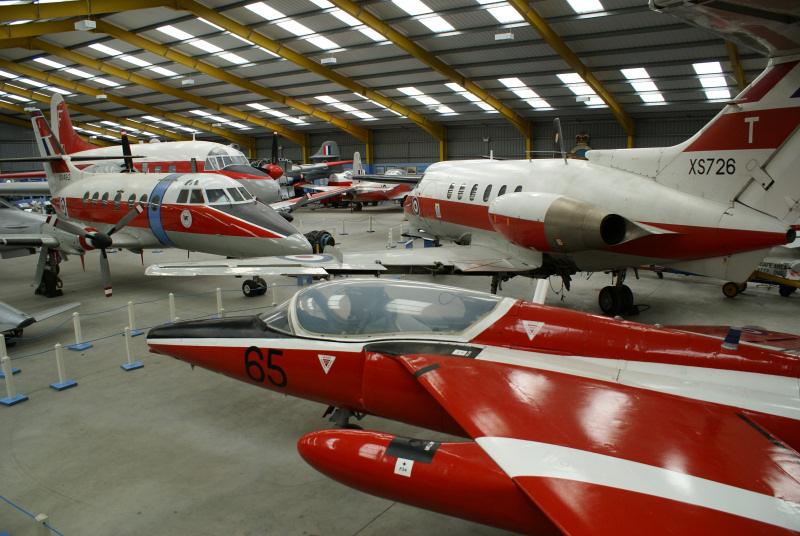 http://www.military-airshows.co.uk/press14/nam/13.11.14_dominieinside_01931.jpg