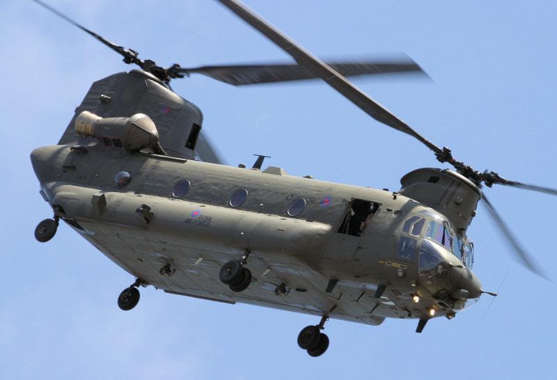 http://www.military-airshows.co.uk/press15/chinook.jpg