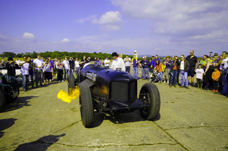 http://www.military-airshows.co.uk/press16/napierrailtoncreditlaurencepierce.jpg