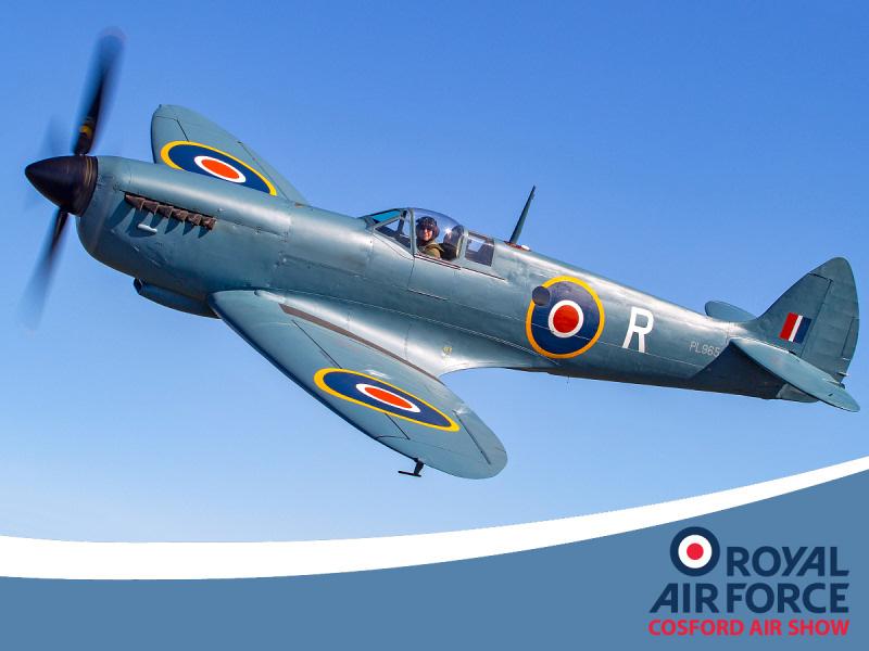 http://www.military-airshows.co.uk/press17/h11_spitfirepr_1_darrenharbar.jpg