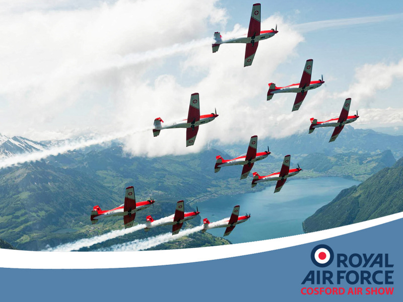 http://www.military-airshows.co.uk/press17/swisspc7team.jpg