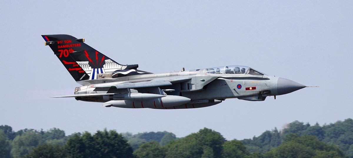 https://www.military-airshows.co.uk/photocomp/feb19/kan.jpg