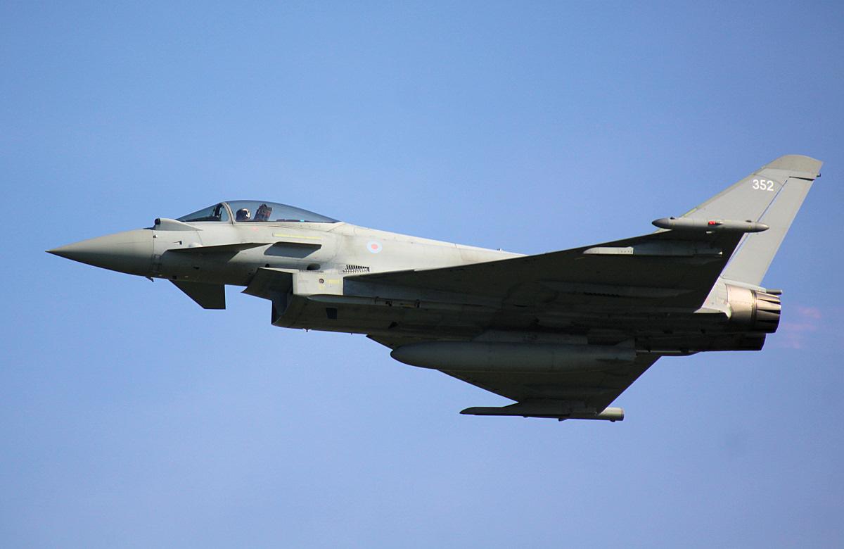 RAF Typhoon FGR4 - Rhyl Airshow.