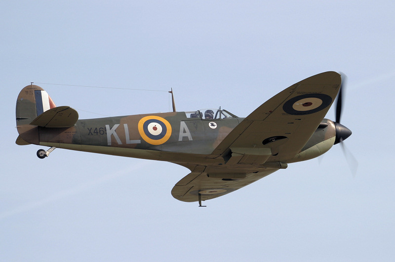 Airworthy Spitfires around the World flying today - Military