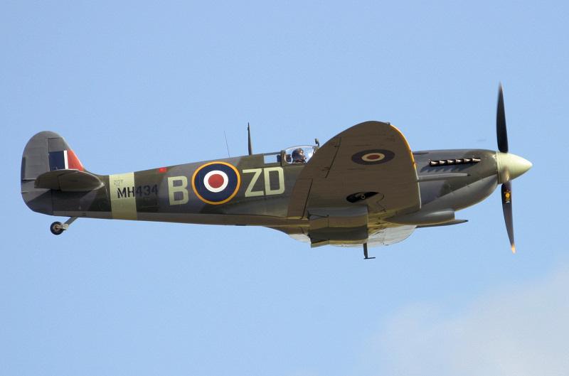 Spitfire - Duxford Airshow.