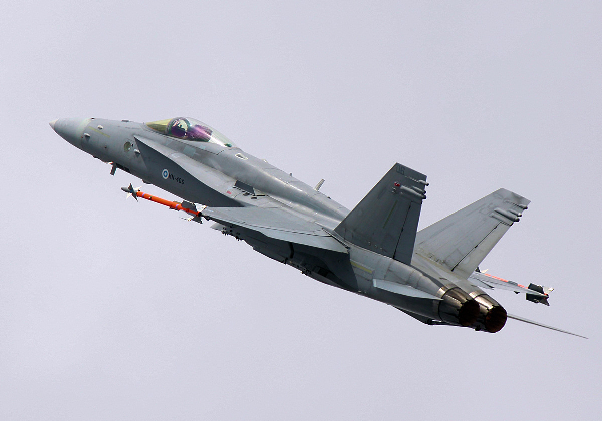 https://www.military-airshows.co.uk/photographs/riat2019/img_4245.jpg