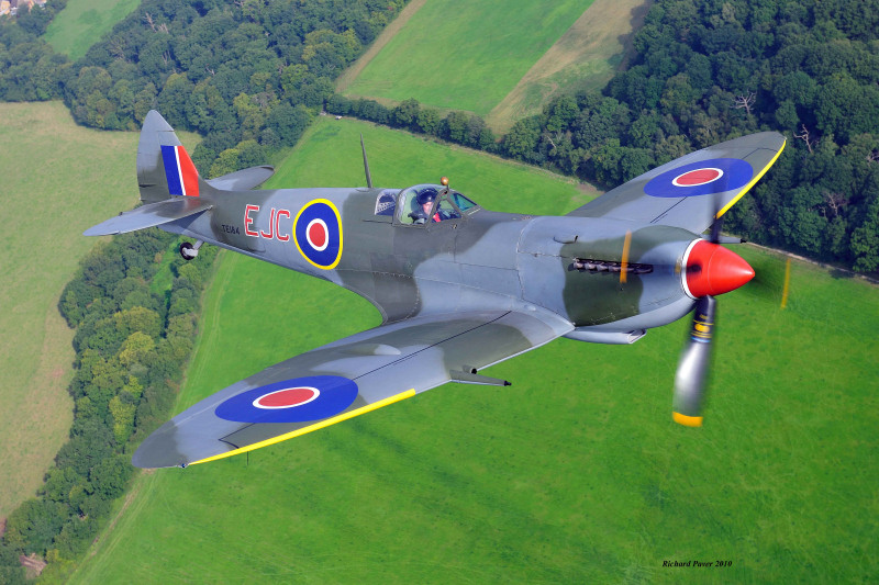 Airworthy Spitfires around the World flying today - Military Airshows